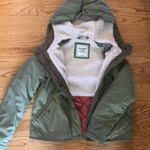 Cute and Cozy Abercrombie Jacket!